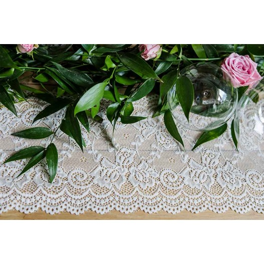 Chemin de Table Dentelle 9m